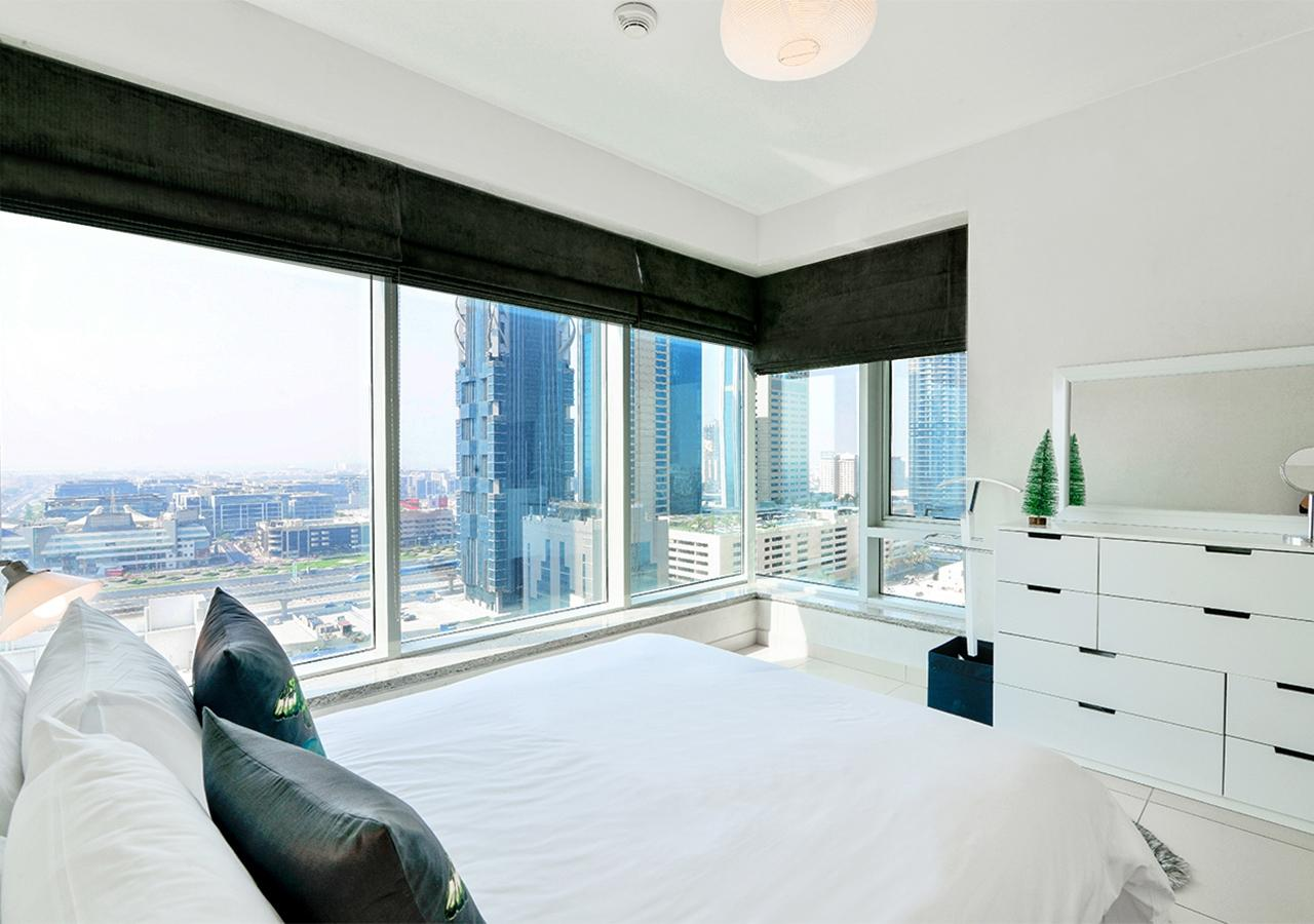 Apartment Landmark  Ease by Emaar    Breathtaking 1 Bedr    photo 31795316